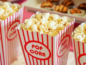 popcorn-movie-party-entertainment-pixabay-pexels